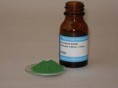 Chromium Oxide Granular 0.85 to 1.7mm  25gm